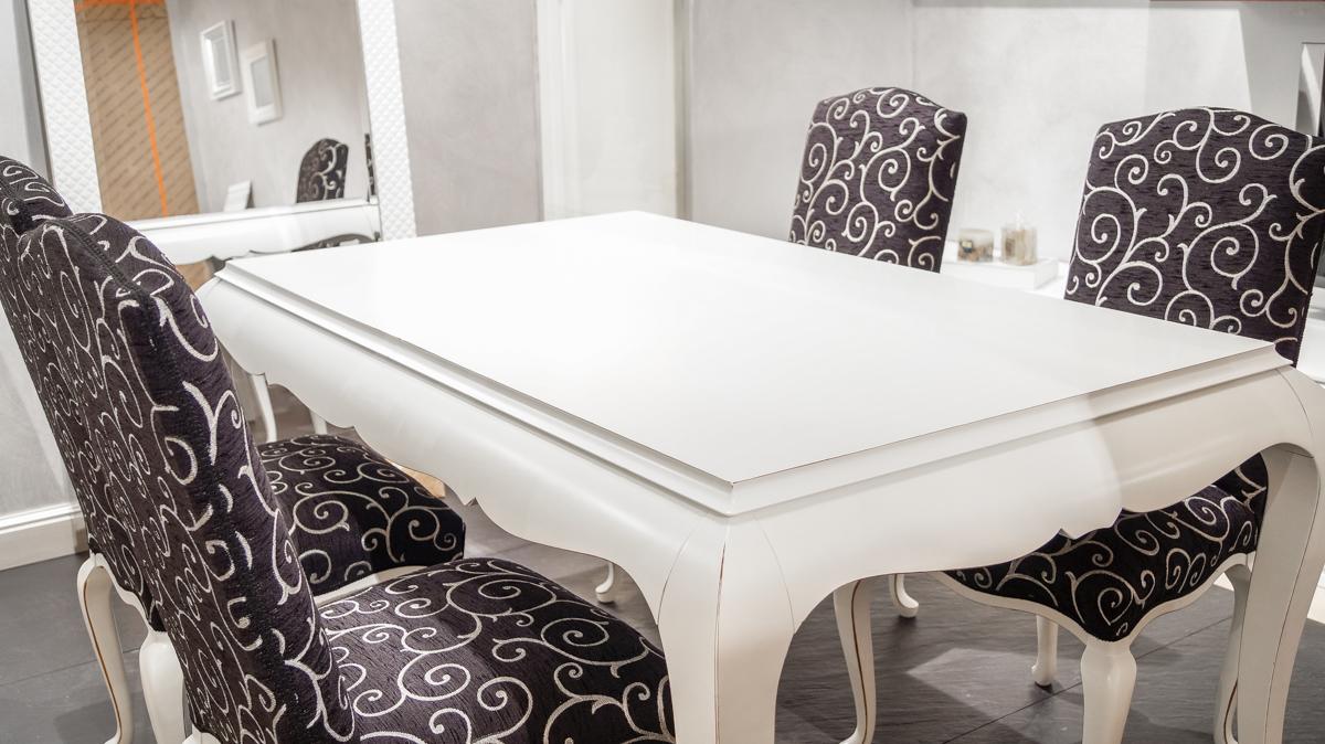 Tavolo allungabile con sedie - Belvisi Mobili S.r.l. - Arredamento ...