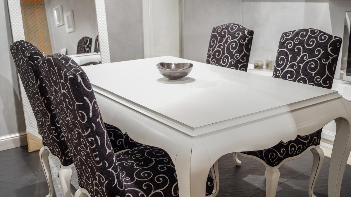 Tavolo allungabile con sedie belvisi mobili s r l for Tavolo allungabile con sedie