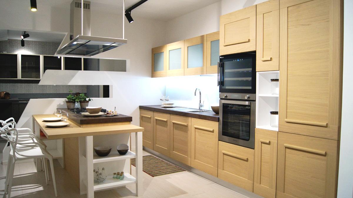 Cucina Lube Gallery con isola - Belvisi Mobili S.r.l. - Arredamento ...
